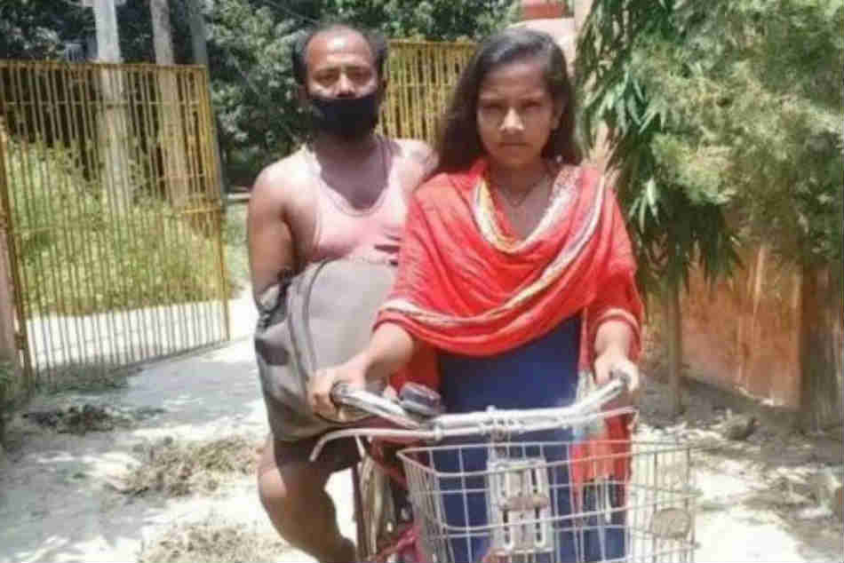 15 Year Old Jyoti Kumari Who Cycled 1200 Km Carrying Father Offered Trial By Cycling Federation
