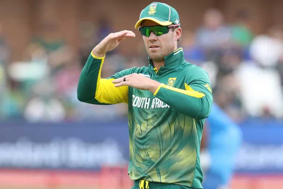 De Villiers replied to Yuzvendra Chahals comment and asked him to behave yourself