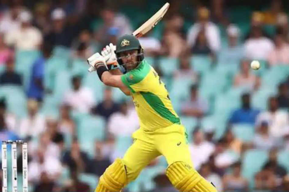 India vs Australia: Glenn Maxwell hits huge six, Kings XI Punjab trolls him