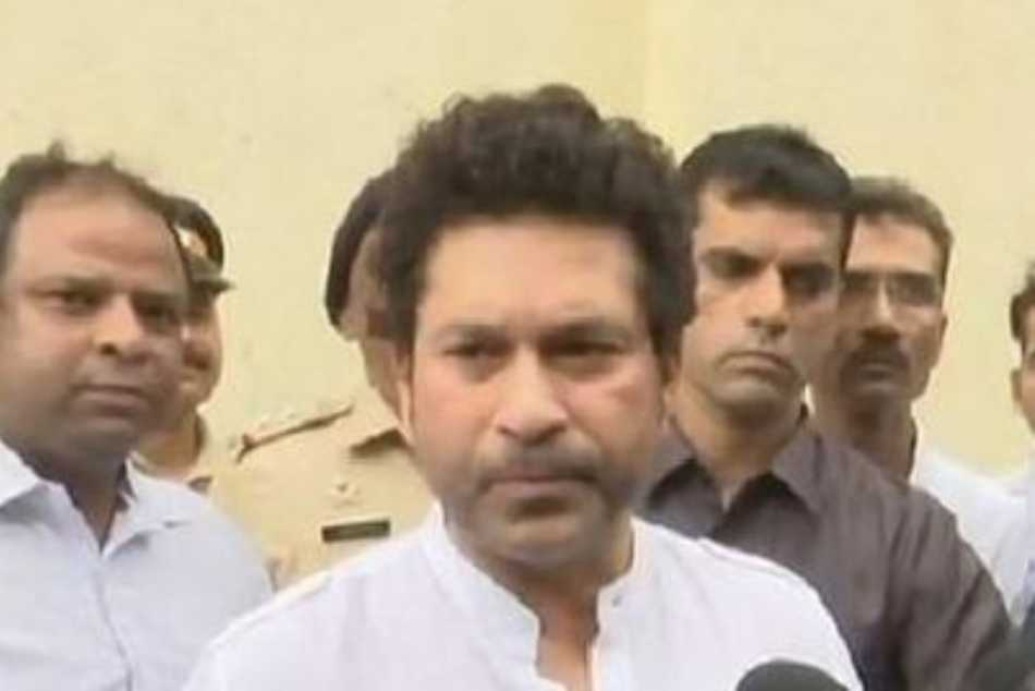 Sachin Tendulkar discharged from hospital after recovering from Coronavirus