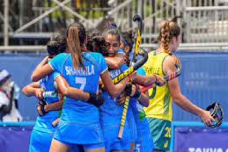 Tokyo Olympics 2020: మహిళలు కాంస్యం సాధిస్తారా?.. టోక్యోలో రేపటి భారత షెడ్యూల్ ఇదే!!