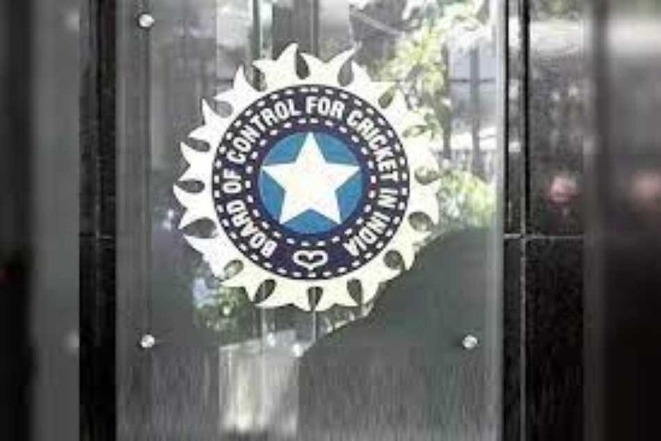 <strong>Team India Coach: విదేశీ కోచ్కు చాన్సే లేదు.. ద్రవిడ్, కుంబ్లేలు మాత్రం కాదు! ఆ భారత కొత్త కోచ్ ఎవరు?!!</strong>