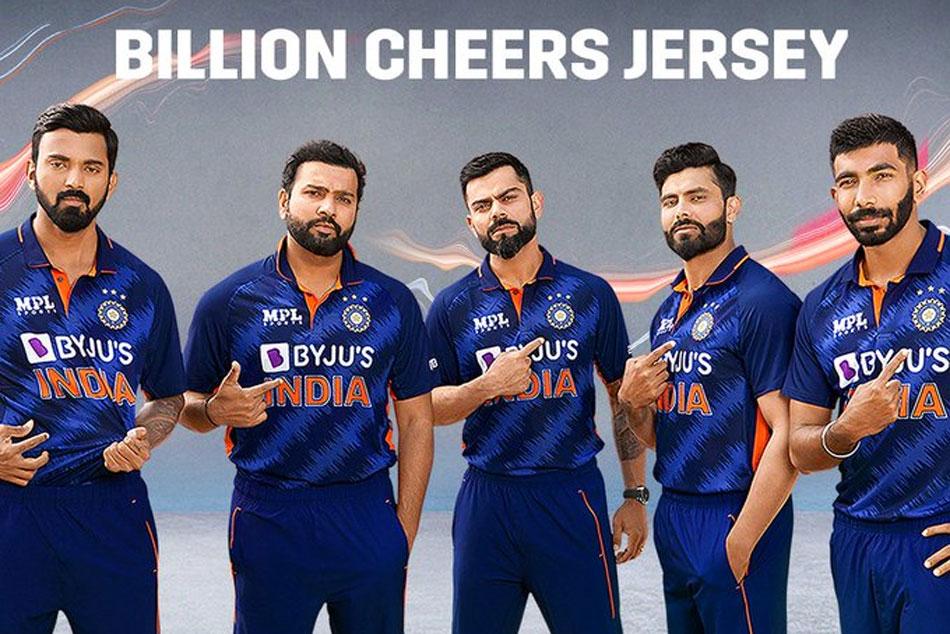 T20 World Cup 2021:న్యూలుక్లో టీమిండియా ప్లేయర్స్..ప్రపంచకప్ కోసం అధికారిక జెర్సీ విడుదల చేసిన బీసీసీఐ!