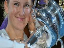 Sports Victoria Azarenka Beats Li Na Win Australian Open Title