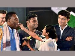 King Pele Mesmerises Prince Of Kolkata Sourav Ganguly