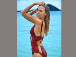 Are Sports Illustrated Swimsuit S Nude Body Paint Photos Ronda Rousey And Caroline