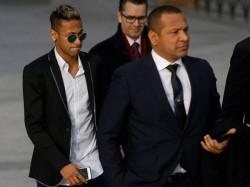Brazil Court Freezes Footballer Neymar S Assets