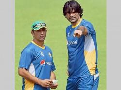 Azhar Mahmood Named Pakistan S Bowling Coach