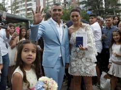 Argentine Football Star Carlos Tevez Marries Childhood Sweetheart
