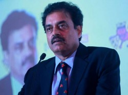 Former Captain Dilip Vengsarkar Resigns As Mca Vice Presiden