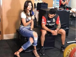 Virat Kohli Caught Ogling At Ipl Host Archana Vijaya Ripped Jeans In Badly Photo Viral