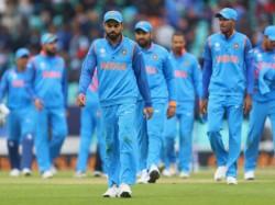 India Vs Australia Virat Kohli Equals Ms Dhoni S Record Most Consecutive Wins