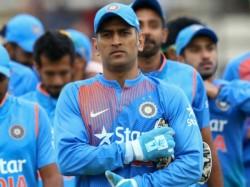 Ms Dhoni Is Legend Nobody The Team Has Any Doubts Bhuvneshwar Kumar