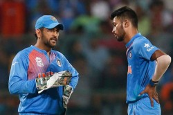 Watch Ms Dhoni Guides Hardik Pandya Bowl Miller Miller Gets Out The Very Next Ball