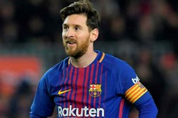 La Liga Messi Tells Barcelona Chelsea S Player Sign