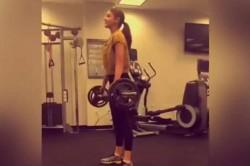 Anushka Sharma Accepts Virat Kohli S Fitness Challenge Lift Weights