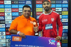 Kl Rahul Gives Trophy Fan After 94 Run Knock Goes Vain