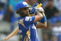 Mumbai Indians Player Surya Kumar Yadav Completes 400 Ipl Runs