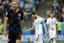Fifa World Cup 2018 Argentina 0 Croatia 3 Caballero Drops Clanger As Messis Men