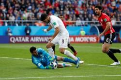 Egypt Goalkeeper Refuses World Cup Man The Match Award Over Budweiser