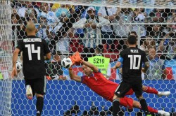 Fifa World Cup 2018 Argentina 1 1 Iceland Finnbogason Makes History As Messi Fluffs His Big Chance