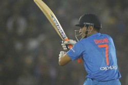 Can Sacrifice Sleep Watch Ms Dhoni S Innings Says Wicket Keeper Batsman Mohammad