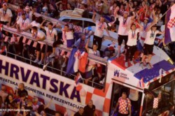 Over 250 000 Welcome Croatia Home After World Cup Final