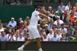 Watch Roger Federer Gives Glimpse His Cricketing Credentials During Wimbledon Match
