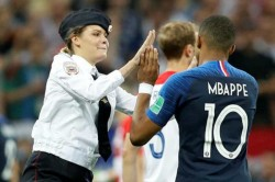 Pussy Riot Protesters Interrupt World Cup Final High Five Kylian Mbappe