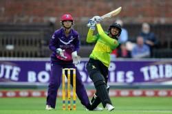 Kia Super League Smriti Mandhana Smashes Joint Fastest Womens T20 Half Century