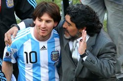 Maradona It S Useless Making Leader Messi
