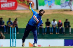 Sri Lanka S Off Spinner Akila Dananjaya Reported Suspicious Action During First