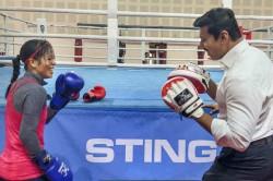 Mary Kom Trades Punches With Rajyavardhan Rathore Fun Session