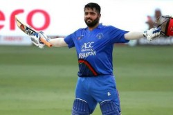 Mohammad Shahzad Lights Up T 10 League With 16 Ball 74 As Raiputs Chase
