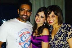 Sakshi Dhoni Thanks Robin Uthappa Bringing Her Ms Dhoni Together