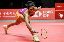 Bwf World Tour Final 2018 Pv Sindhu Beats Ratchanok Intanon To Reach Final