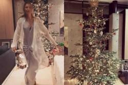 Russian Tennis Star Maria Sharapova Celebrate Christmas Her Home