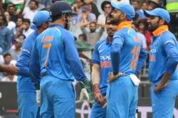 India Vs Australia Live Score 3rd Odi Yuzvendra Chahal On A Roll In Melbpurne