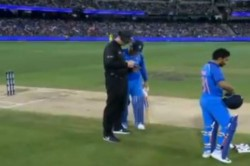 Watch Ms Dhoni Proves Why He Has The Best Brain Cricket