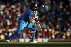 India Vs Australia Rohit Sharma Attempts Learn Floss Dance Fails Miserably Watch