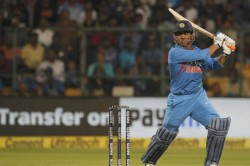 India Vs Australia Ms Dhoni Becomes The First Indian Hit 350 Sixes In International Cricket