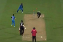 Watch Ms Dhoni Pulls Off Ridiculous Run Out Leave James Neesham Stunned In India Vs Newzealand