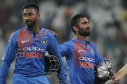 India Vs New Zealand Sanjay Manjrekar Has His Say On Dinesh Karthik Denying Krunal Strike In Third T
