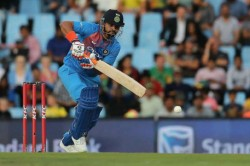 Suresh Raina Becomes First Indian Batsman Score 8 000 Runs T20s Jions Ms Dhoni In Elite List