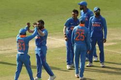 India Vs Australia 1st Odi Live Cricket Score Khawaja Maxwell Take Australia To 236 7 Against India