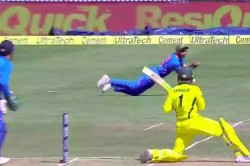 India Vs Australia Live Cricket Score 3rd Odi Ranchi Khawaja Dropped Early Dhawan