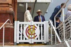 Mcc World Cricket Committee Recommends Clock Timers Free Hits For Tests