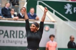 Naomi Osaka Hangs Tough At French Open Williams Djokovic Win