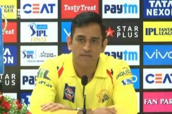 Ipl 20019 Csk Vs Mi We Were Passing The Trophy To Each Other Says Ms Dhoni