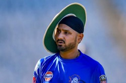 Ipl 20019 Csk Vs Mi Harbhajan Singh Miffed With Team Hotel Ahead Of Mi Vs Csk